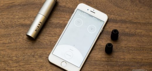 Bluetooth earbuds with phone